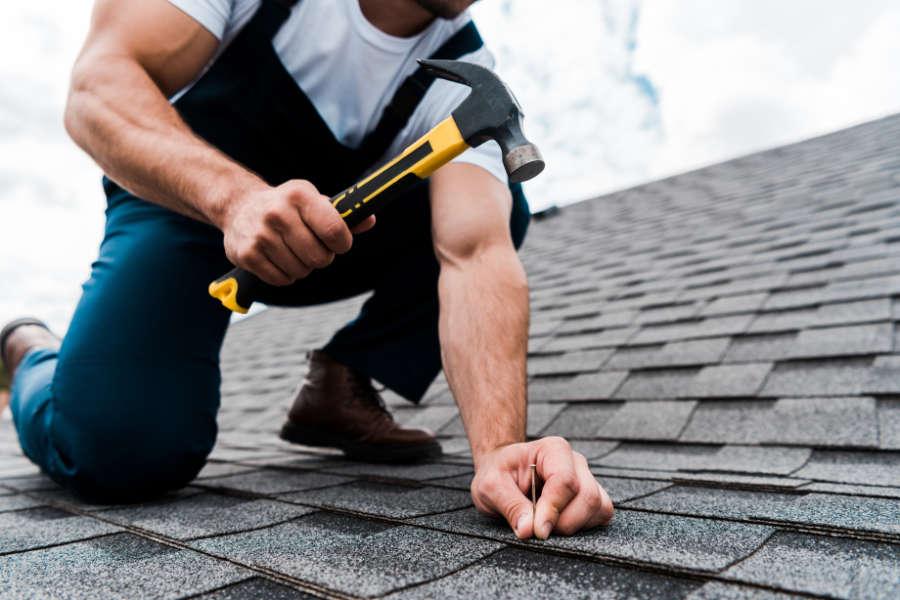 Dachreparatur, Dachdeckermeister - Dachdeckerei & Zimmerei Klein aus Garbsen für die Region Hannover